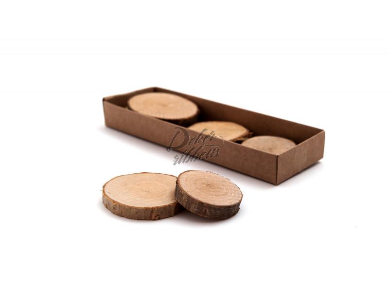 Dřevěné jmenovky na stůl