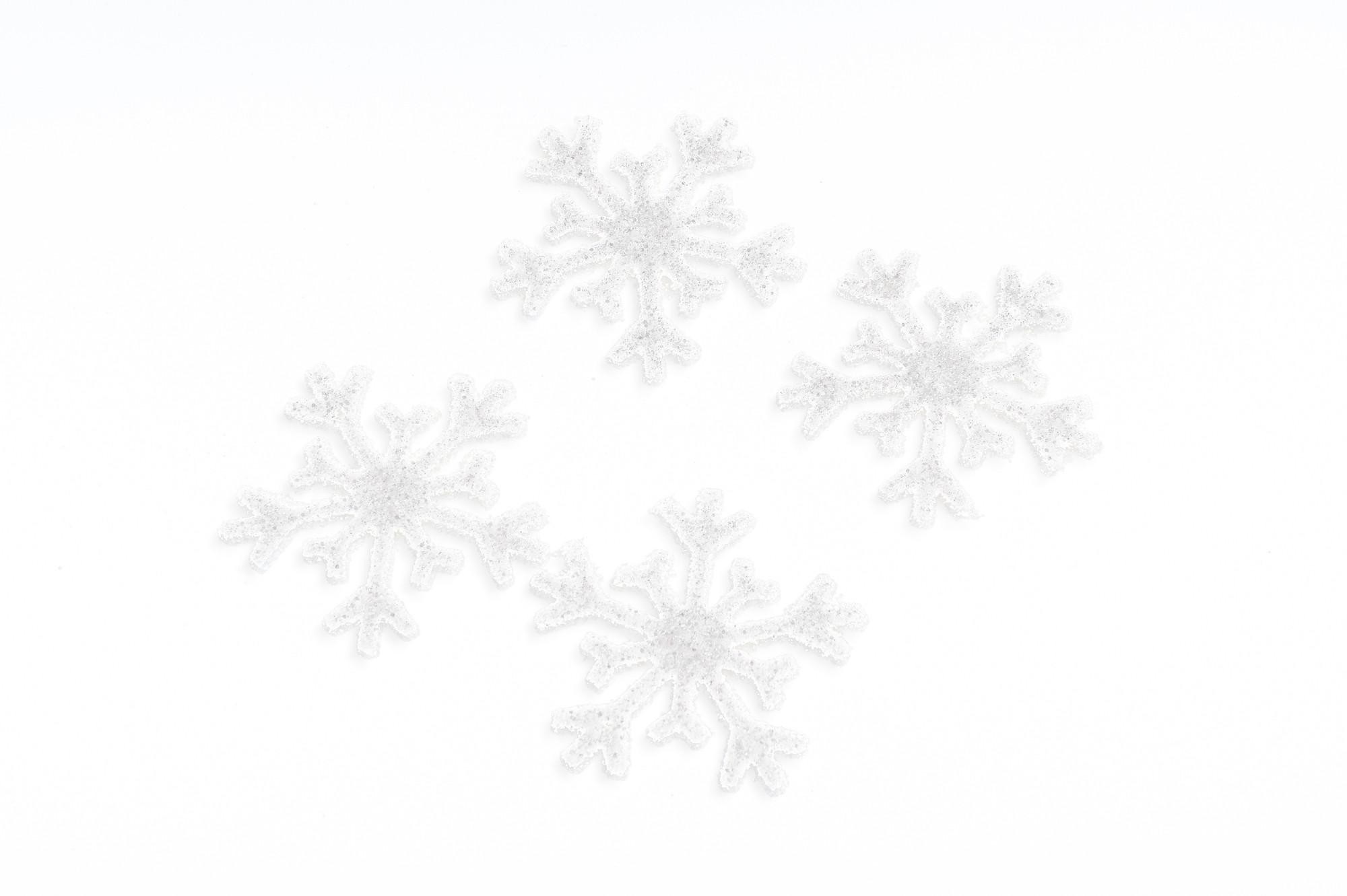Třpytivé sněhové vločky 6 cm