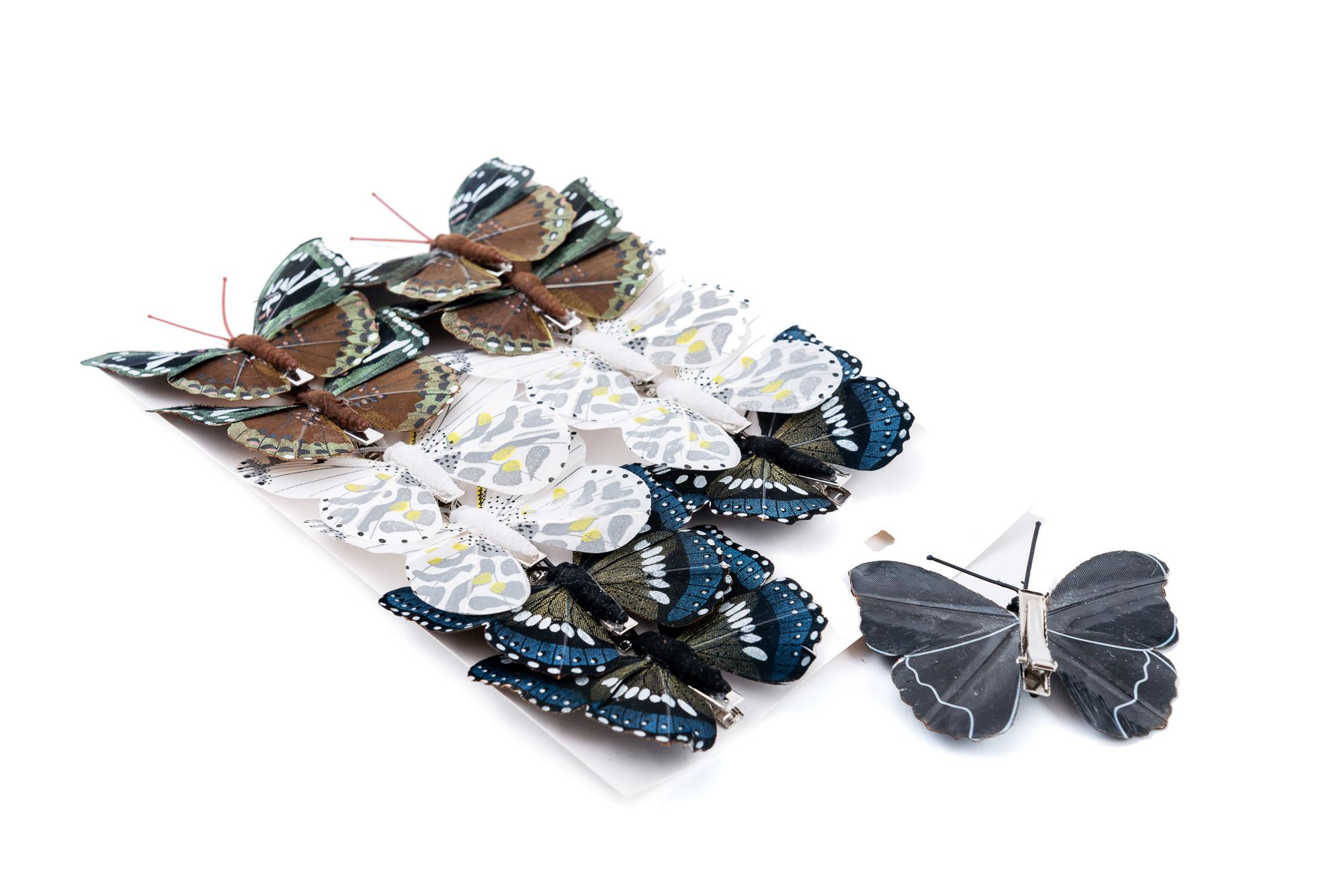motýli z peří, na zadní straně plastová spona na připnutí     v balení mix 6 barev     balení - 12 ks