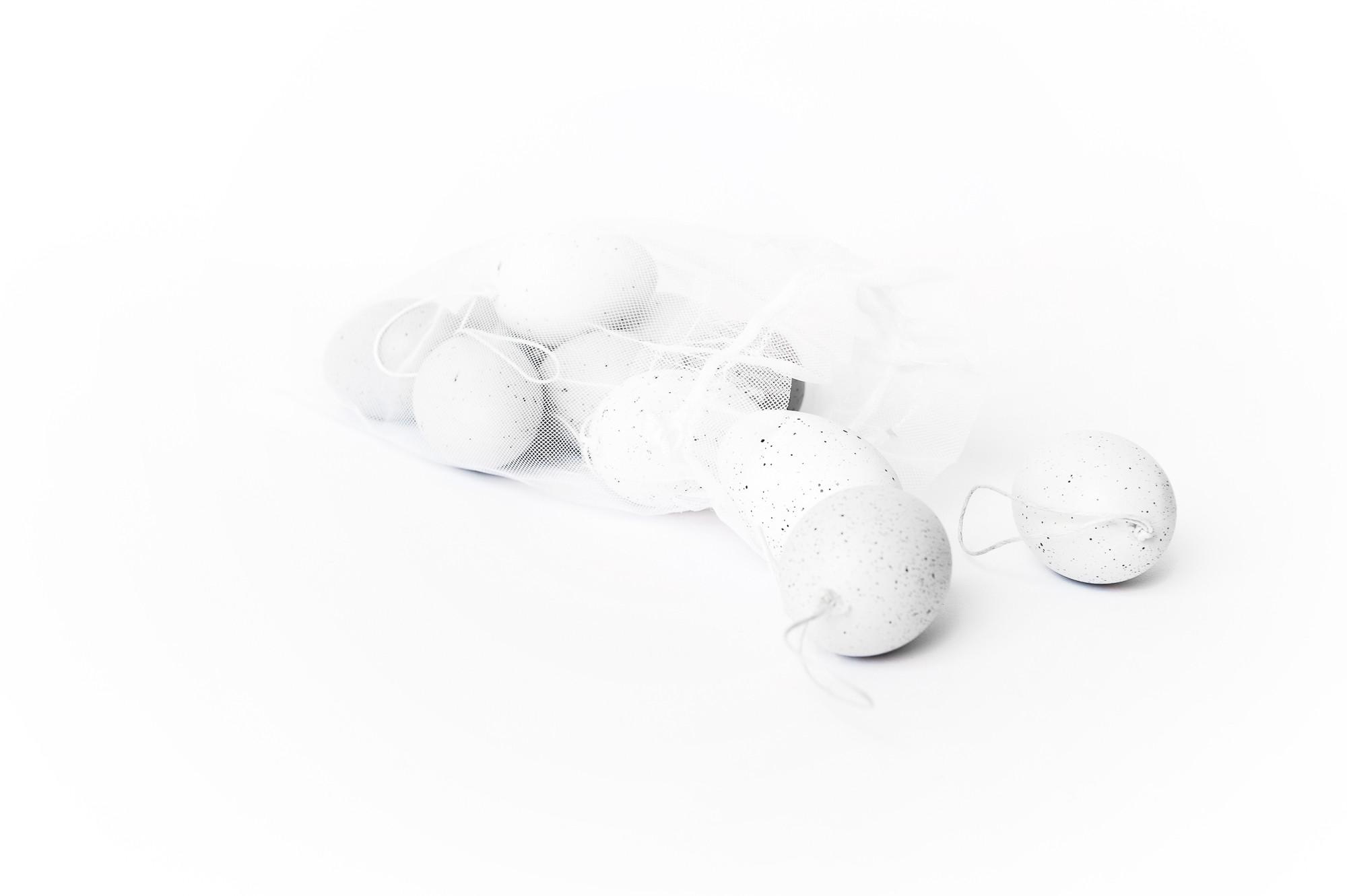 Plastová kropenatá vajíčka, 12 ks
